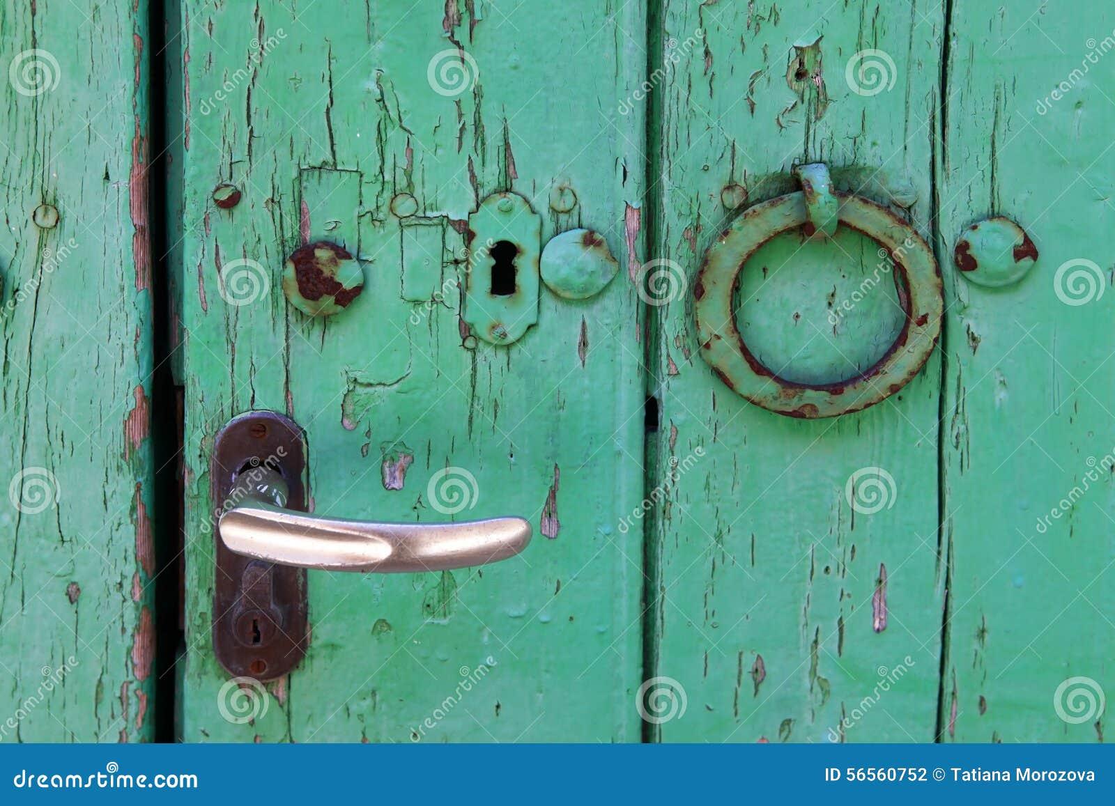 Download πόρτα παλαιά στοκ εικόνες. εικόνα από λεκιασμένος, ανασκόπησης - 56560752
