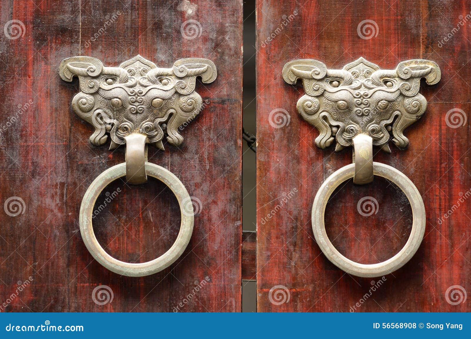 Download Πόρτα στοκ εικόνες. εικόνα από ασιατικοί, λαβή, πύλη - 56568908
