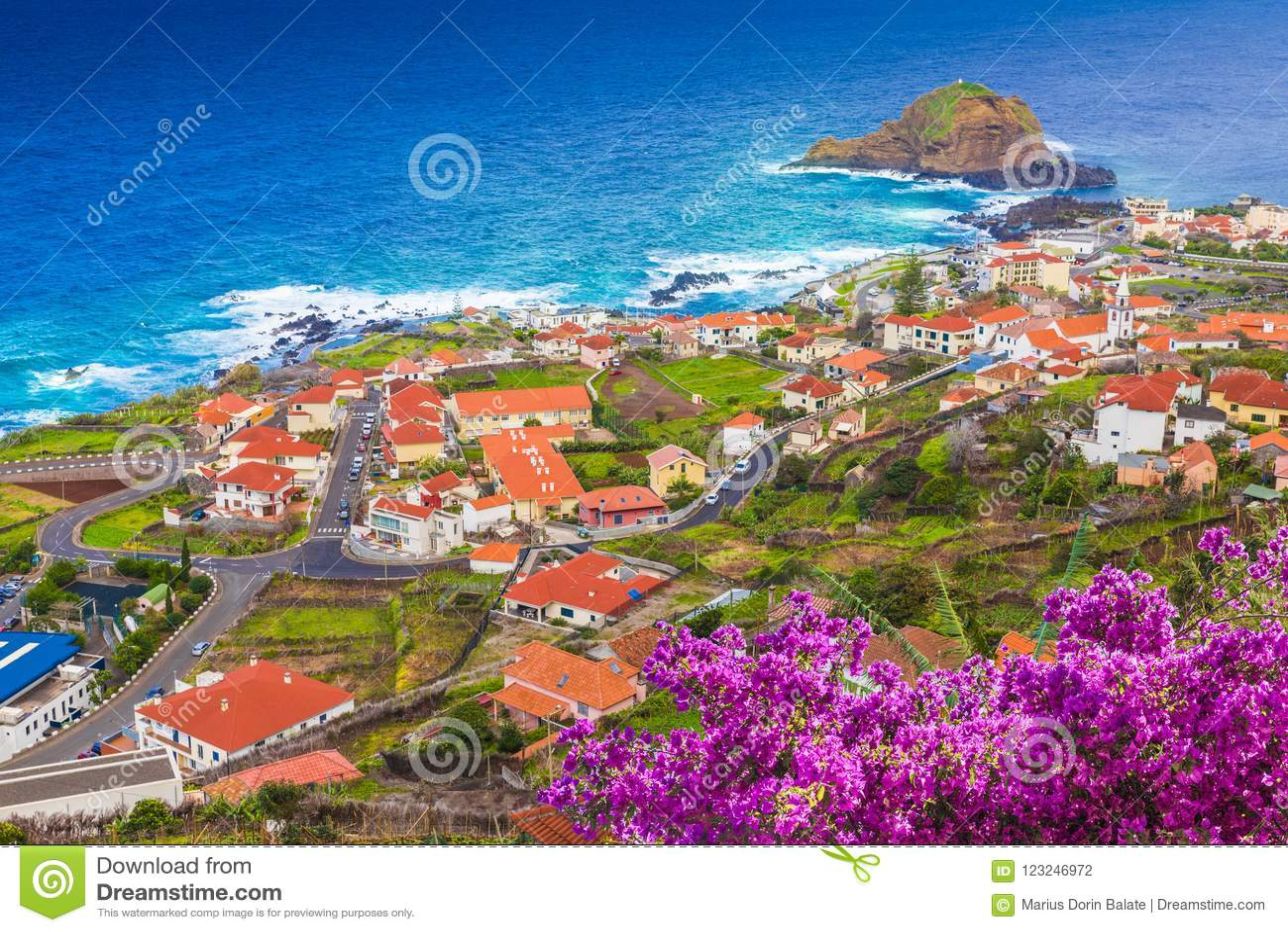 Πόρτο Moniz, λίγο χωριό στο νησί της Μαδέρας, Πορτογαλία