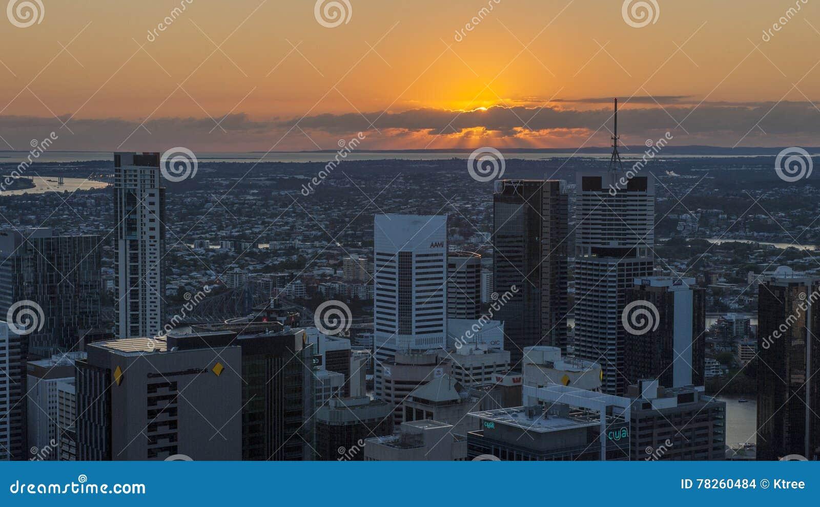 Πόλη του Μπρίσμπαν στην ανατολή