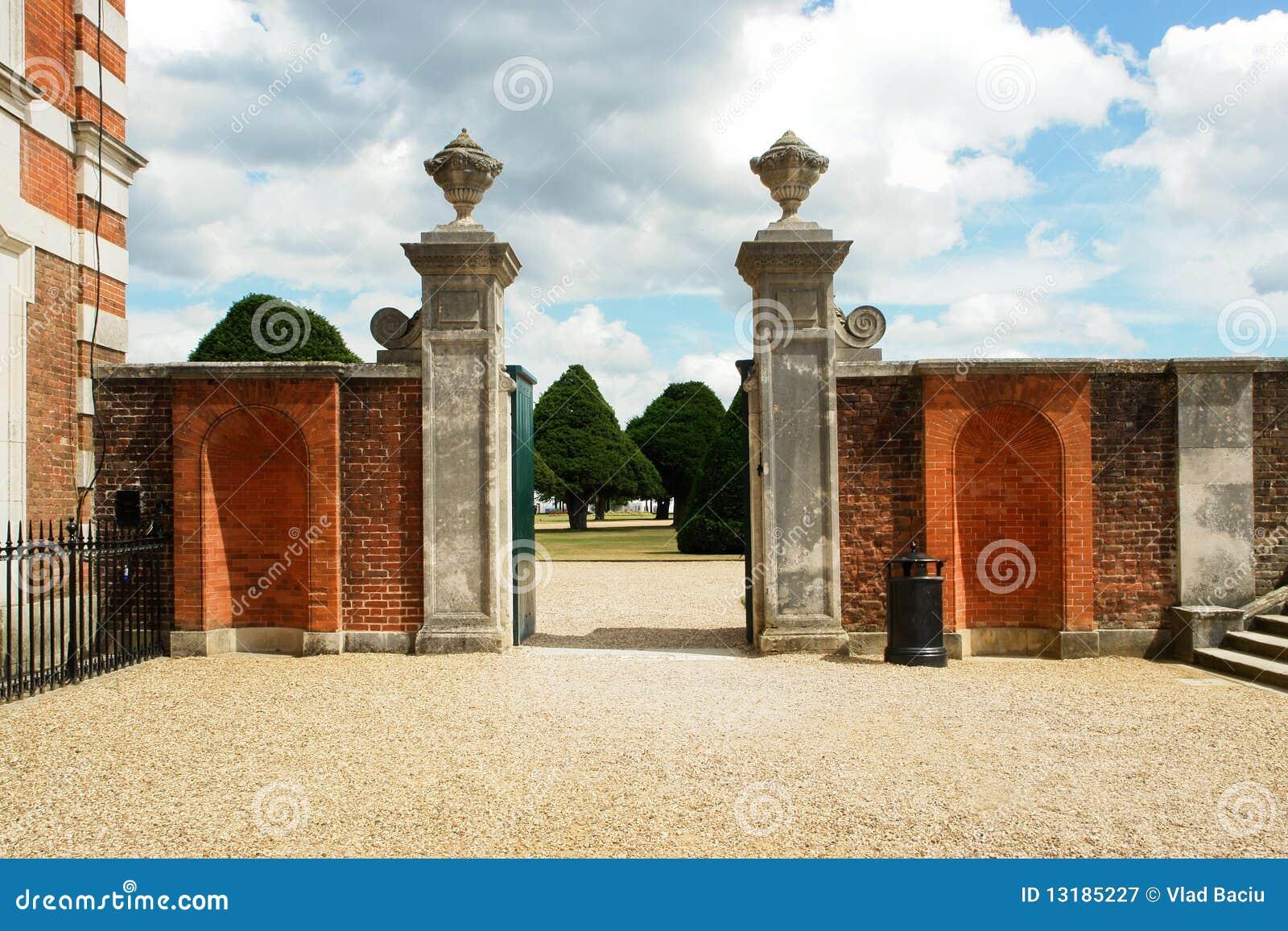 πύλη κήπων hampton
