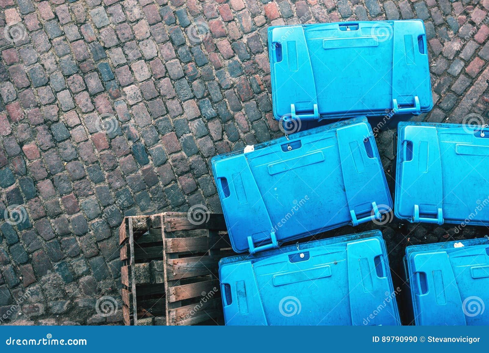 Πλαστικά εμπορευματοκιβώτια απορριμάτων dumspter άνωθεν