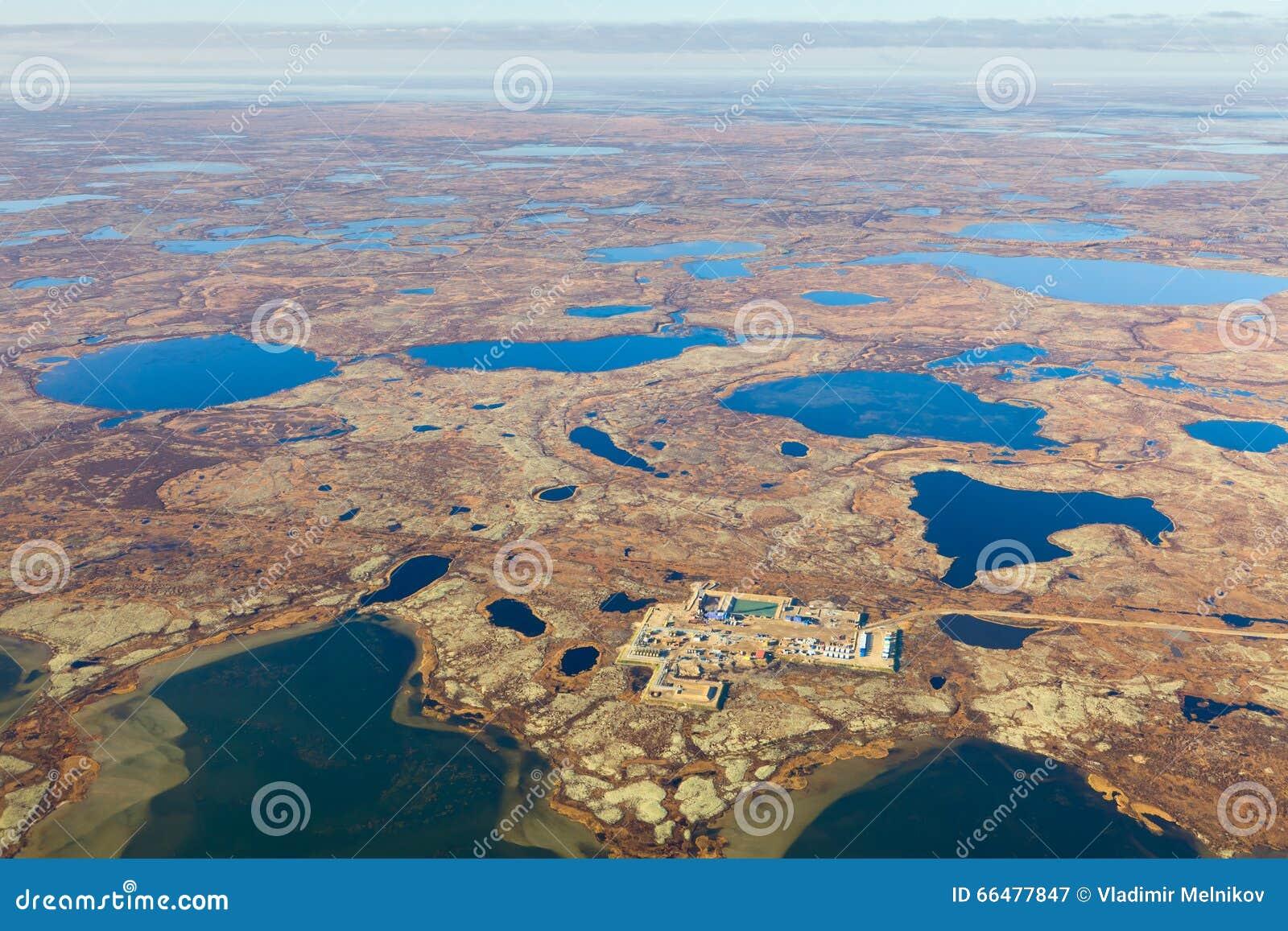Πλατφόρμα άντλησης πετρελαίου tundra, τοπ άποψη