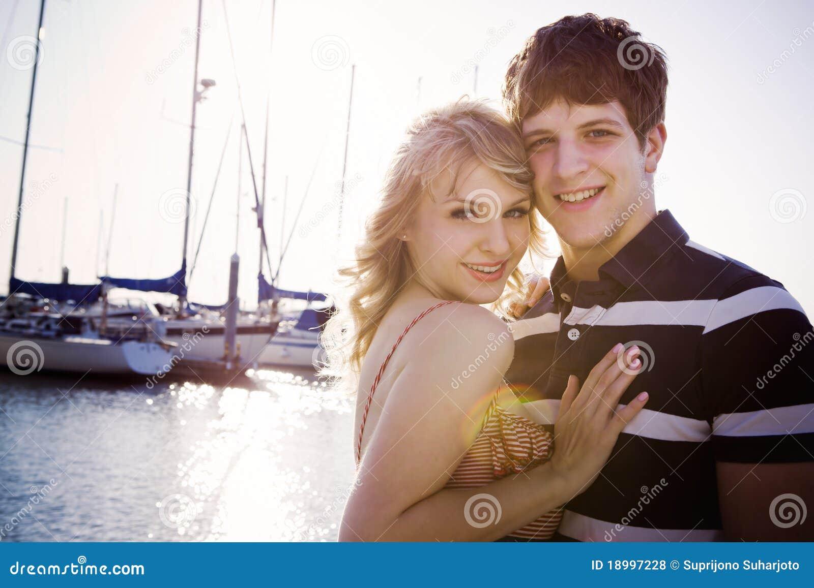 Ρομαντικό ζεύγος ερωτευμένο