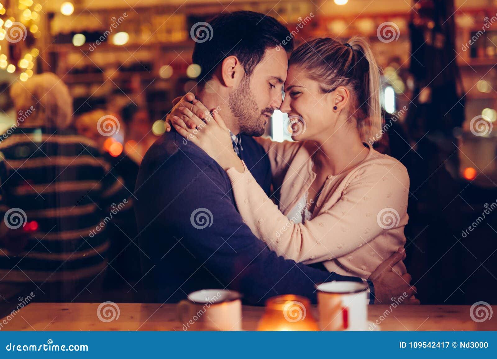 discord dating servers 12+