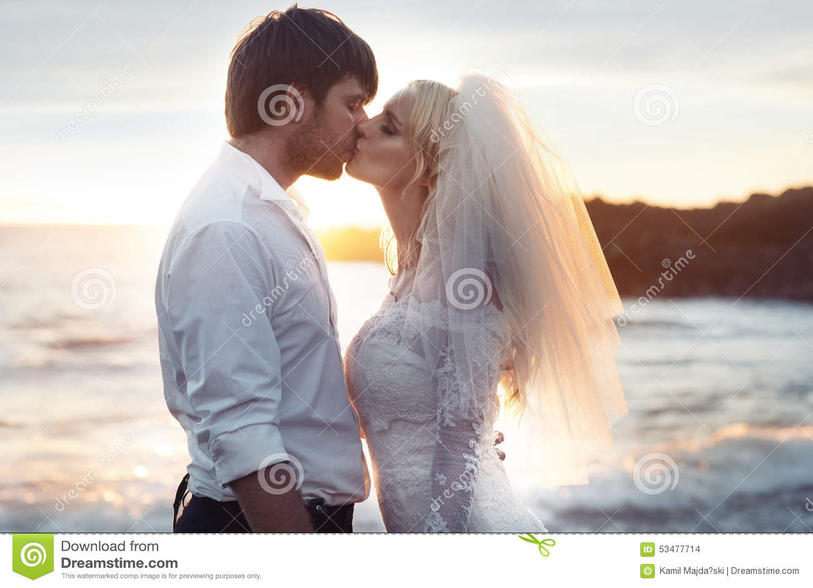 Ρομαντικό πορτρέτο ενός ζεύγους ερωτευμένου