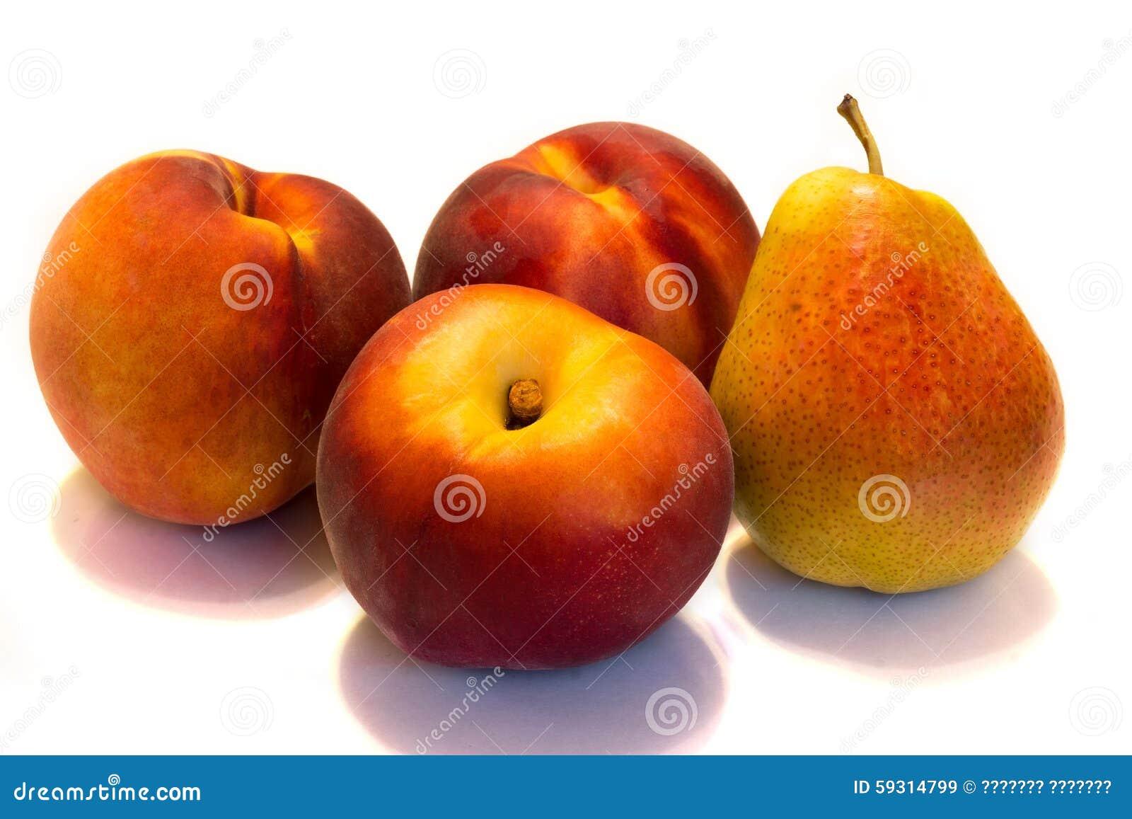 Ροδάκινα και αχλάδια