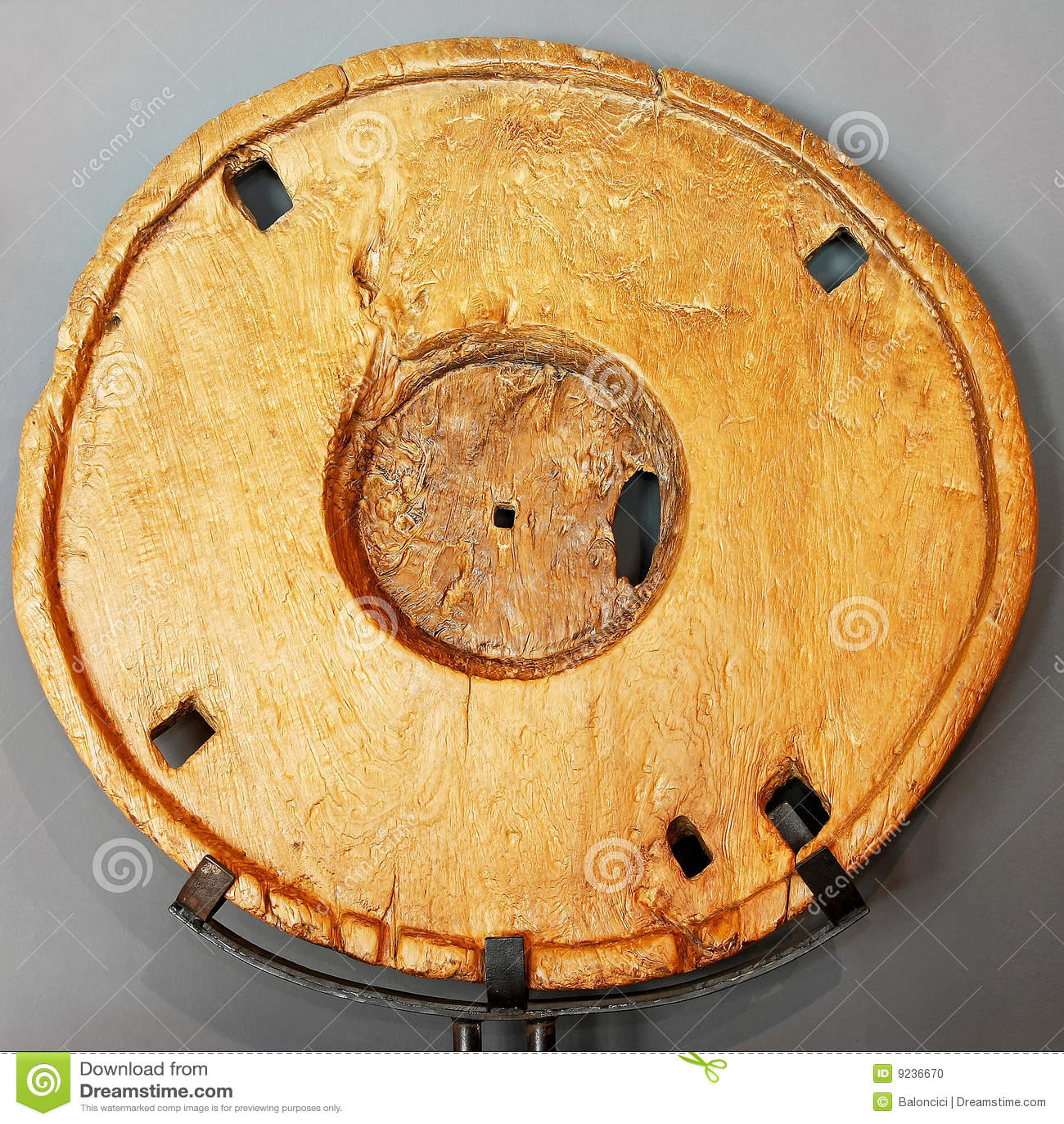 ρόδα ξύλινη