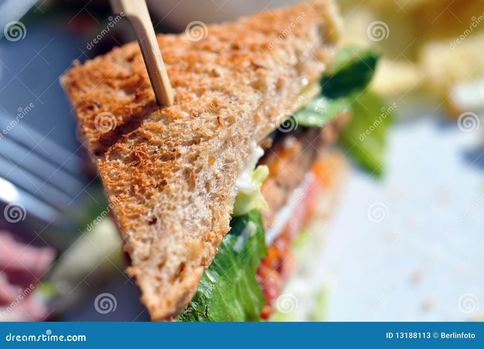 σάντουιτς που συσσωρεύ