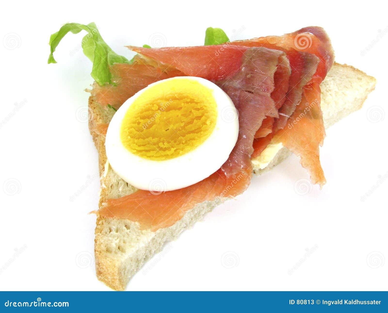 σάντουιτς σολομών αυγών