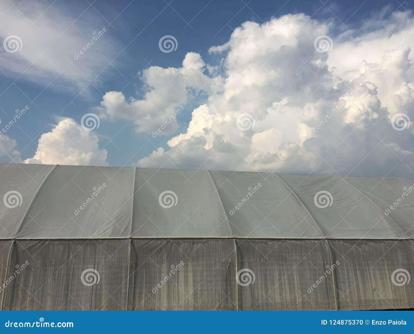 Σήραγγα θερμοκηπίων για τη γεωργία