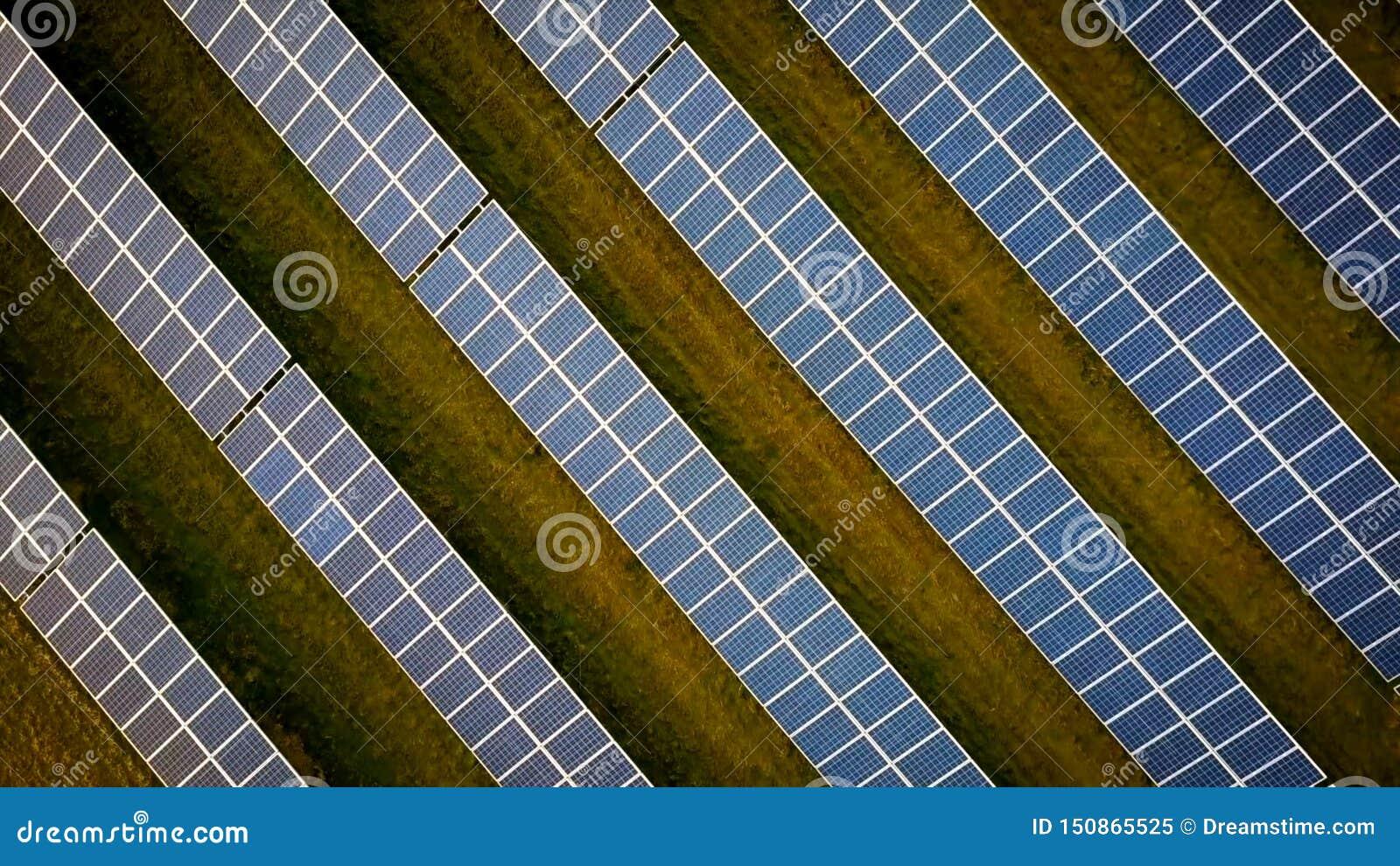 Σειρές των ηλιακών πλαισίων στον τομέα