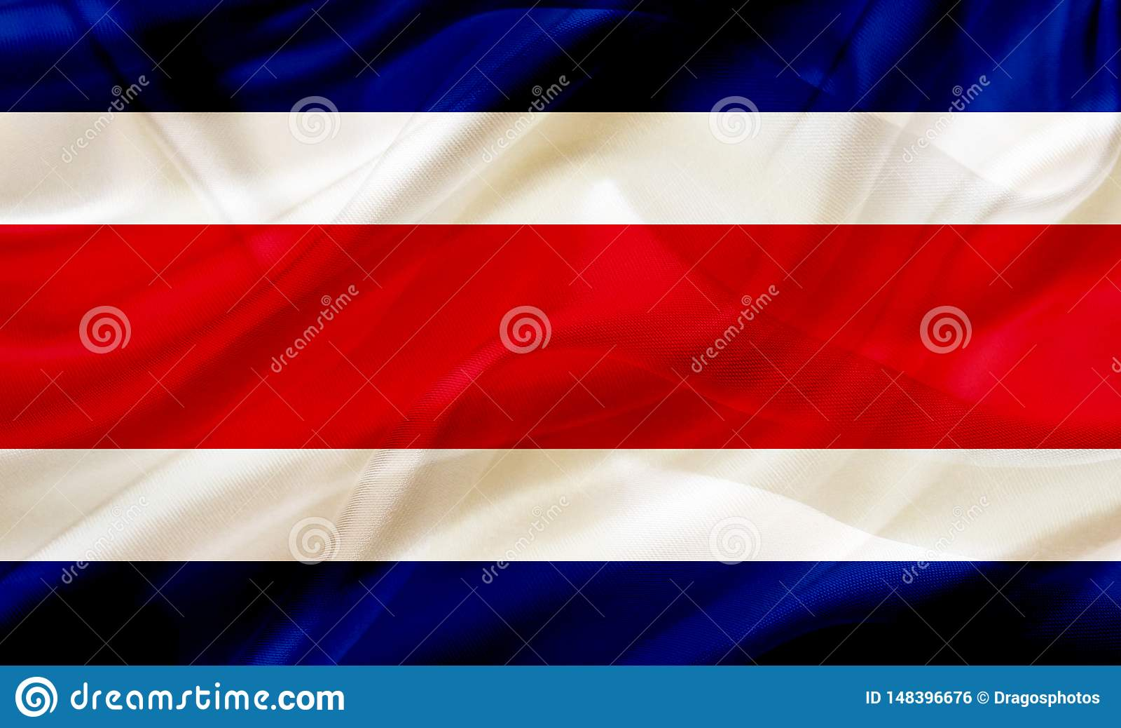 Σημαία χωρών της Κόστα Ρίκα στο μετάξι ή τη μεταξωτή σύσταση κυματισμού