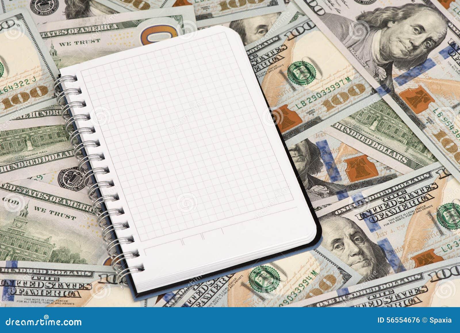 Download Σημειωματάριο και δολάρια με το διάστημα αντιγράφων Στοκ Εικόνες - εικόνα από άσπρος, χρηματοδότηση: 56554676