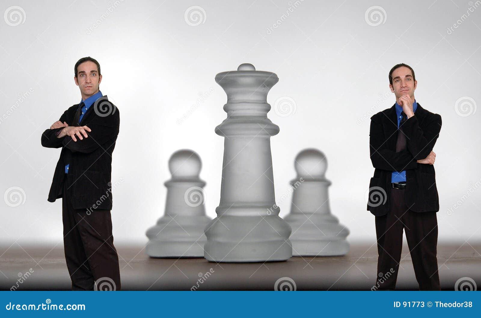 σκάκι 8 επιχειρηματιών