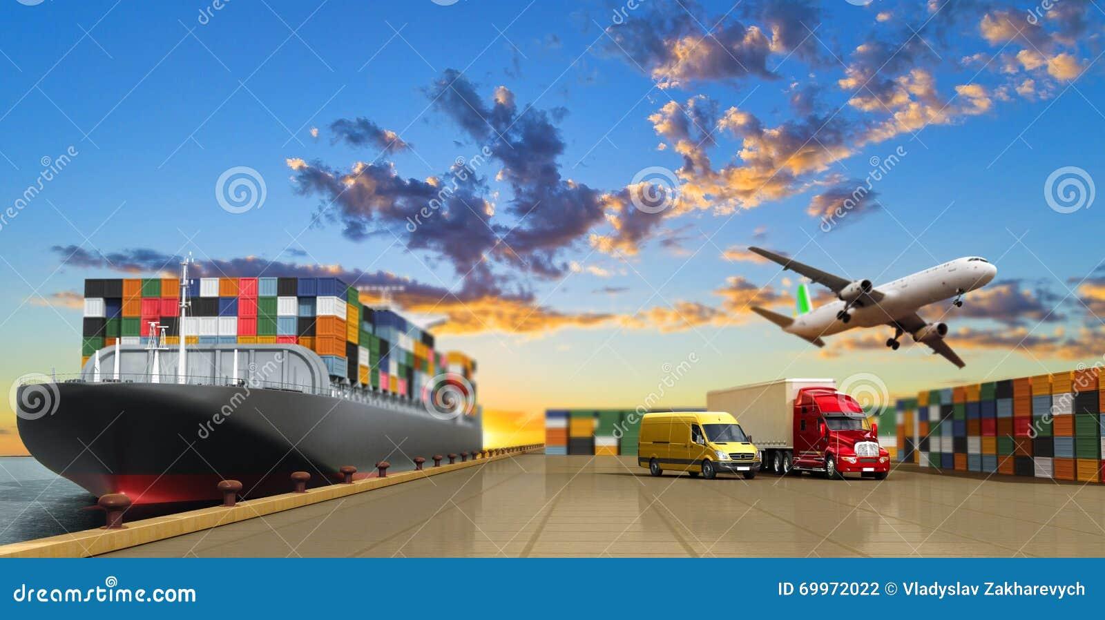 Σκάφος στην αποβάθρα και το φορτίο