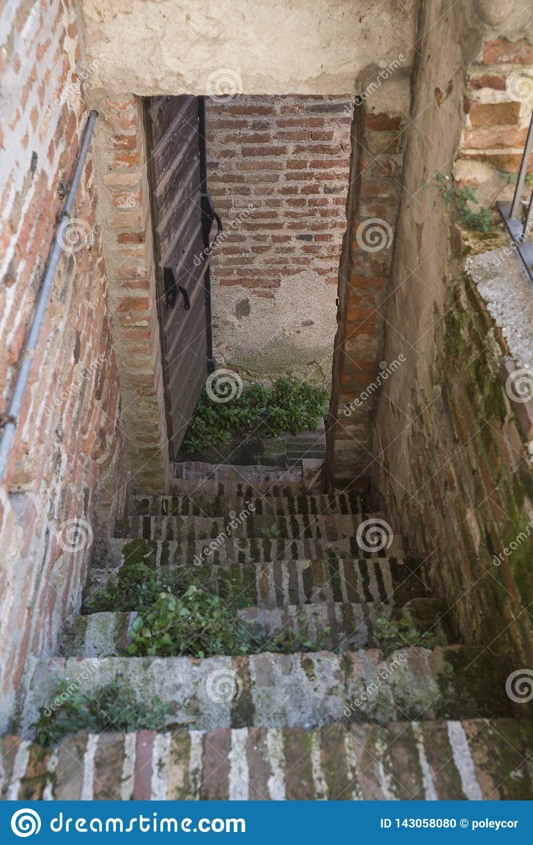 Σκαλοπάτια του τοίχου πόλεων σε Cittadella, Ιταλία