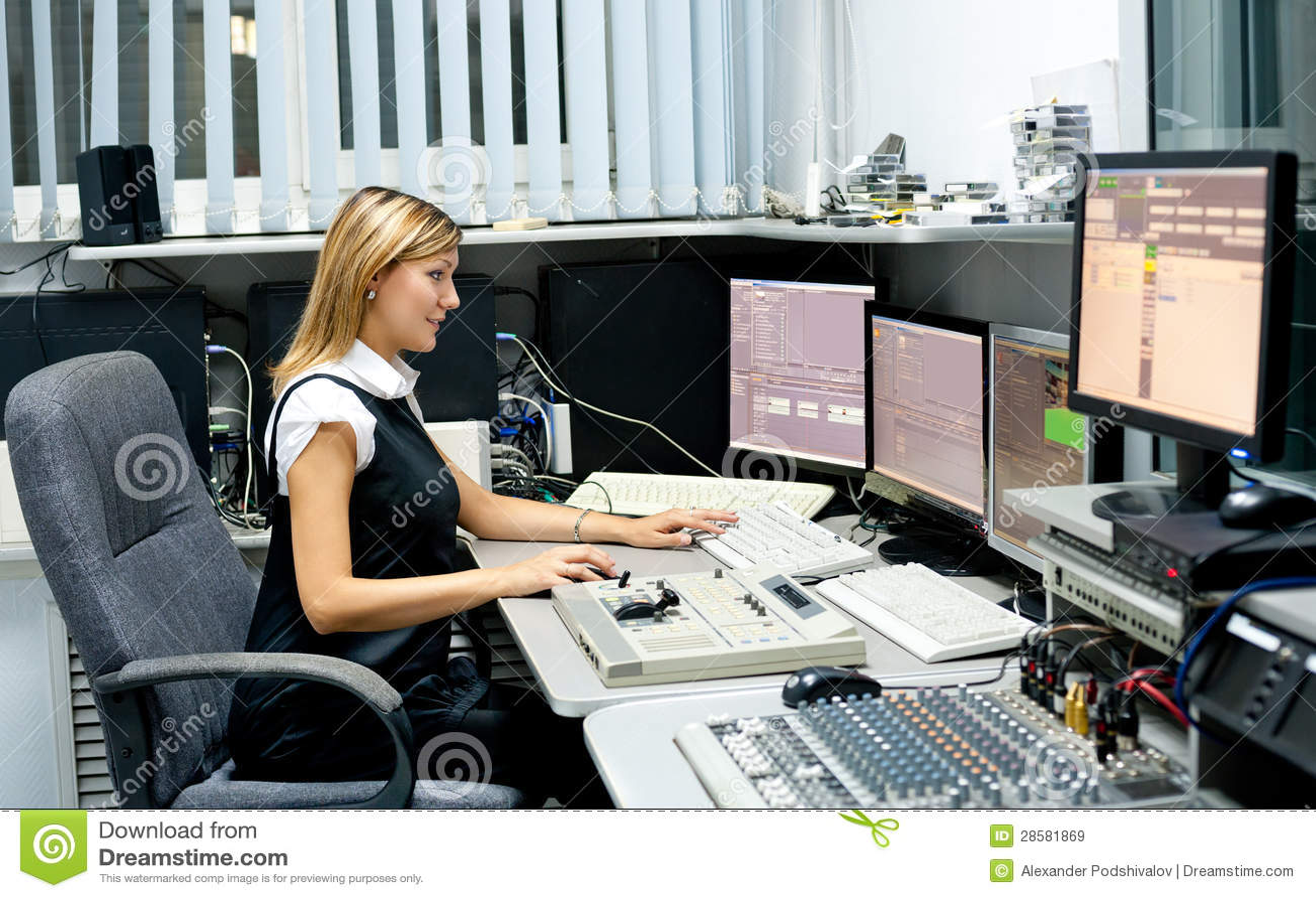 Σκηνοθέτης TV στον επεξεργαστή