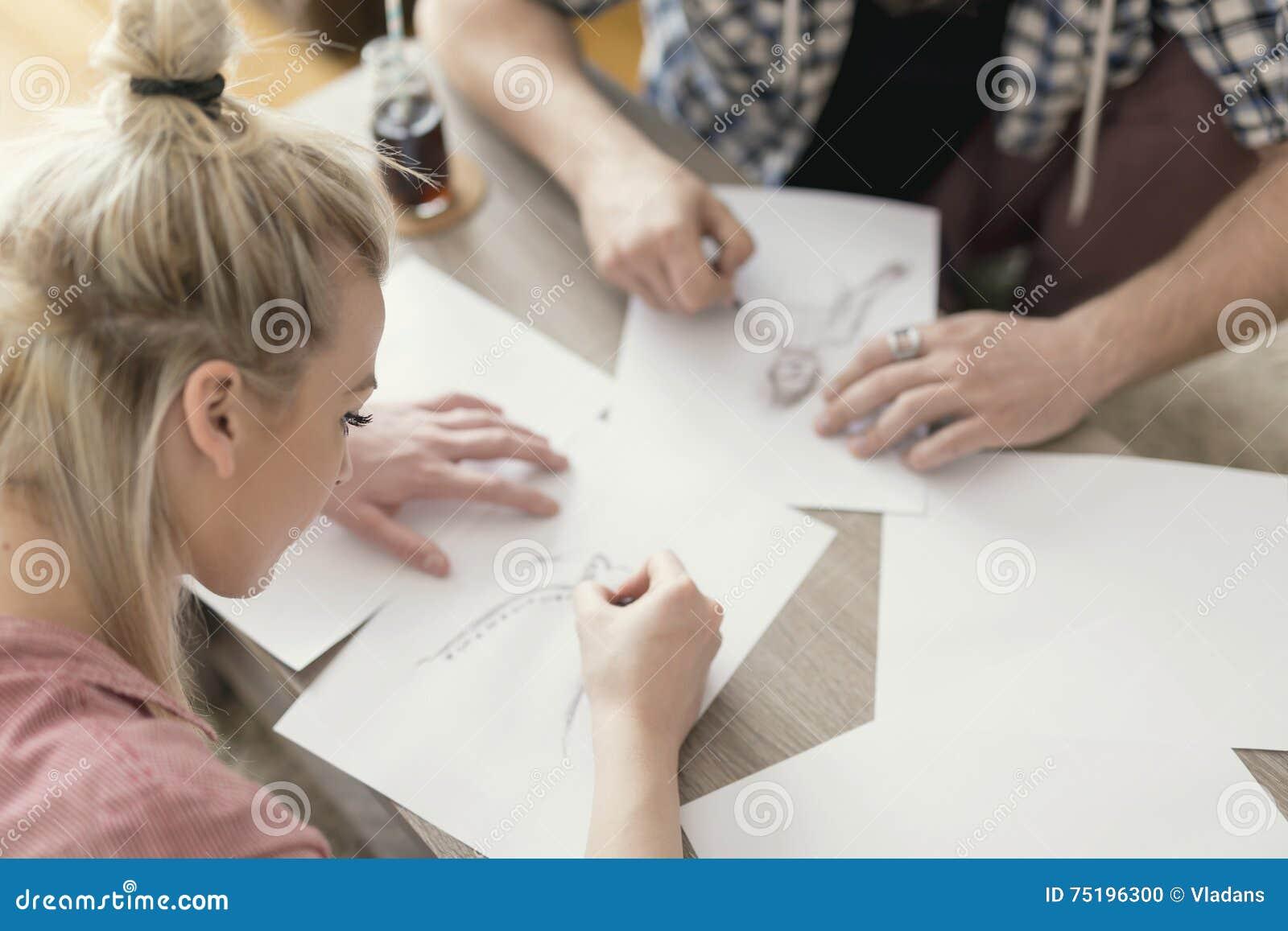Σκιαγράφηση και σχεδιασμός