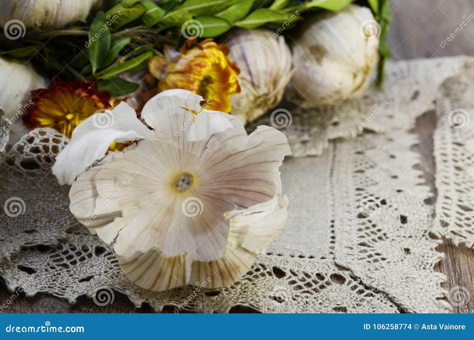Σκόρδο με τα λουλούδια