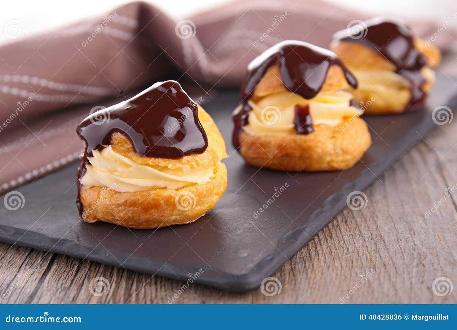 Σοκολάτα profiterole