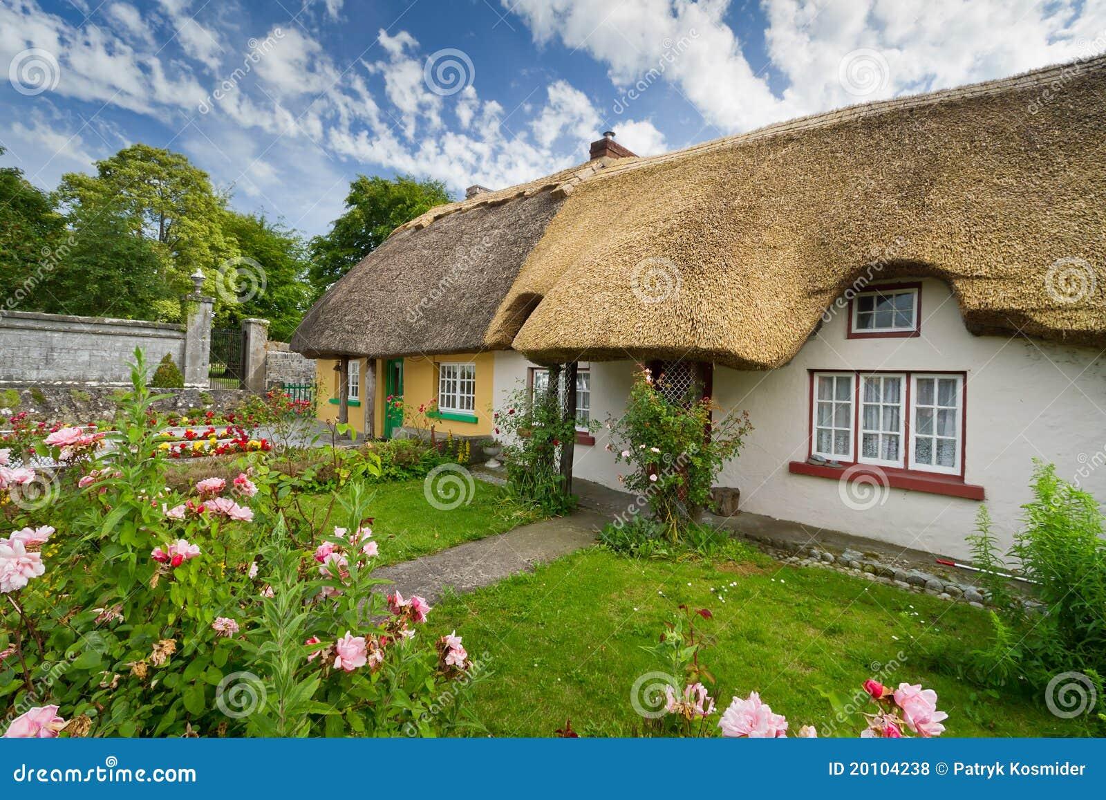 σπίτια εξοχικών σπιτιών