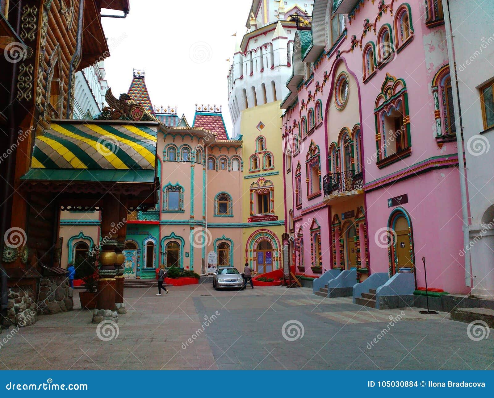 Σπίτια όπως από το παραμύθι σε Izmailovsky Κρεμλίνο