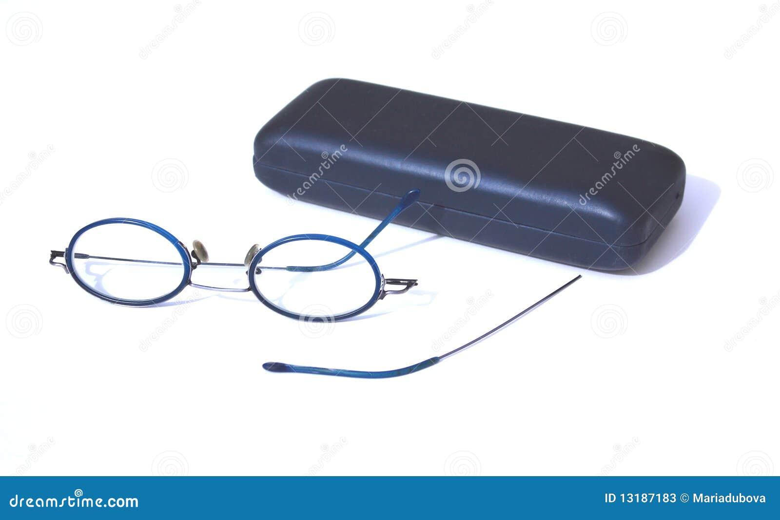 σπασμένα γυαλιά