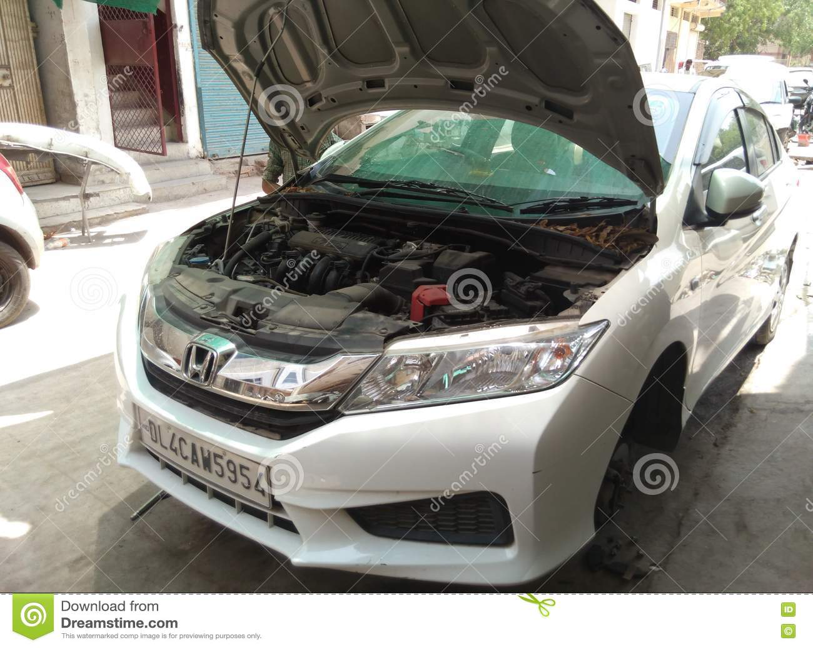 Σπασμένο αυτοκίνητο repaires