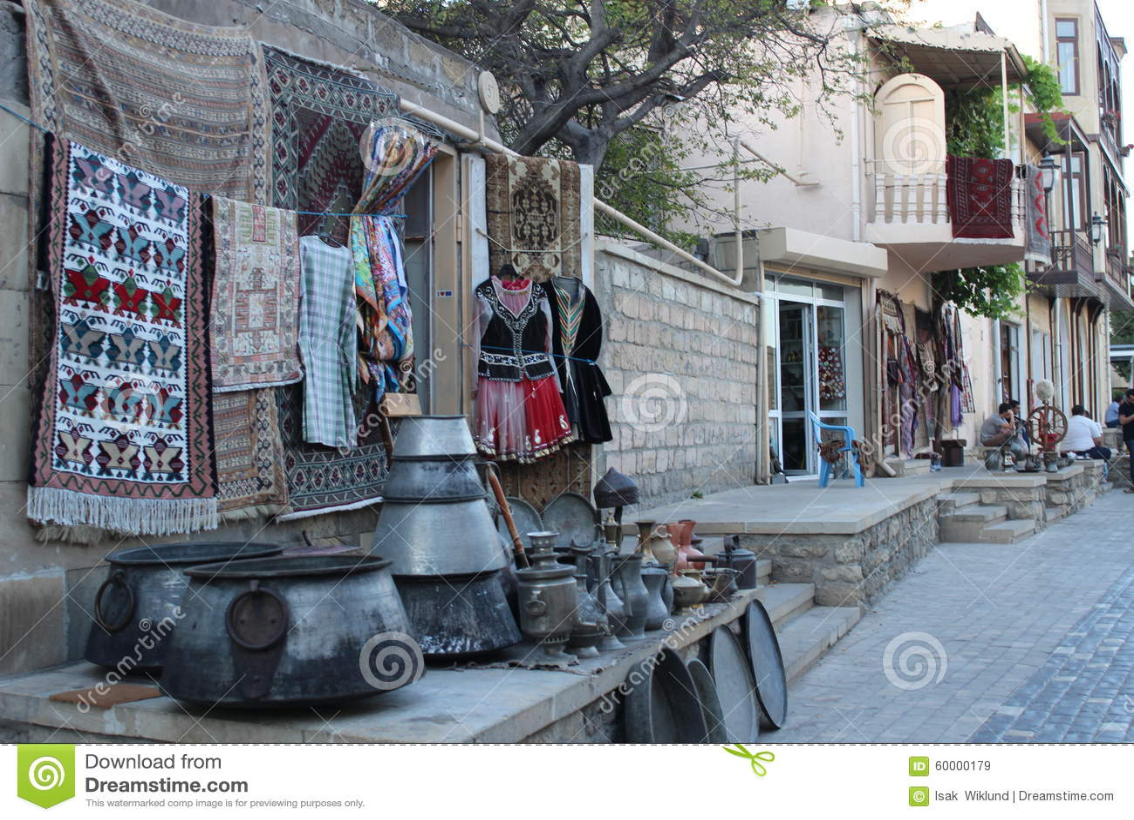 Στάση αναμνηστικών στην παλαιά πόλη του Μπακού