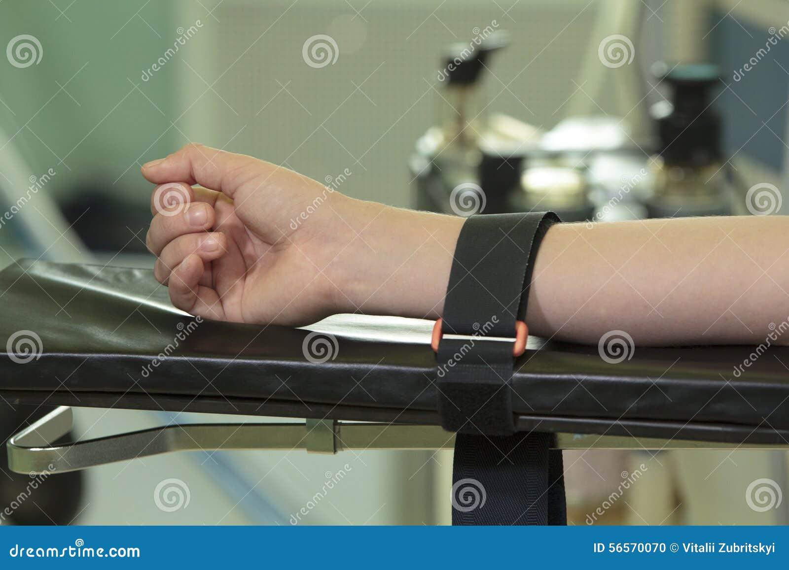 Download Σταθερό χέρι στοκ εικόνες. εικόνα από αποτύπωση, δεσμεύει - 56570070