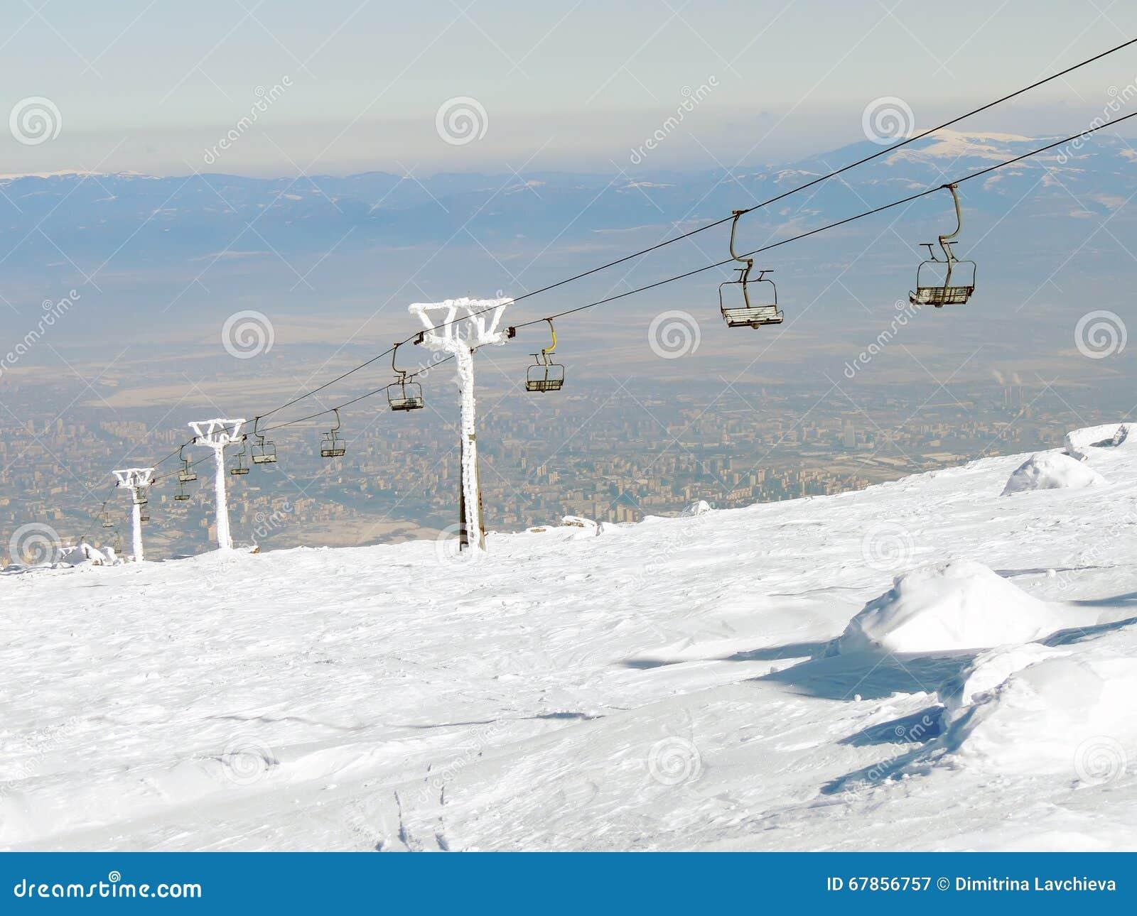 Σταματημένος ανελκυστήρας στον παγετό