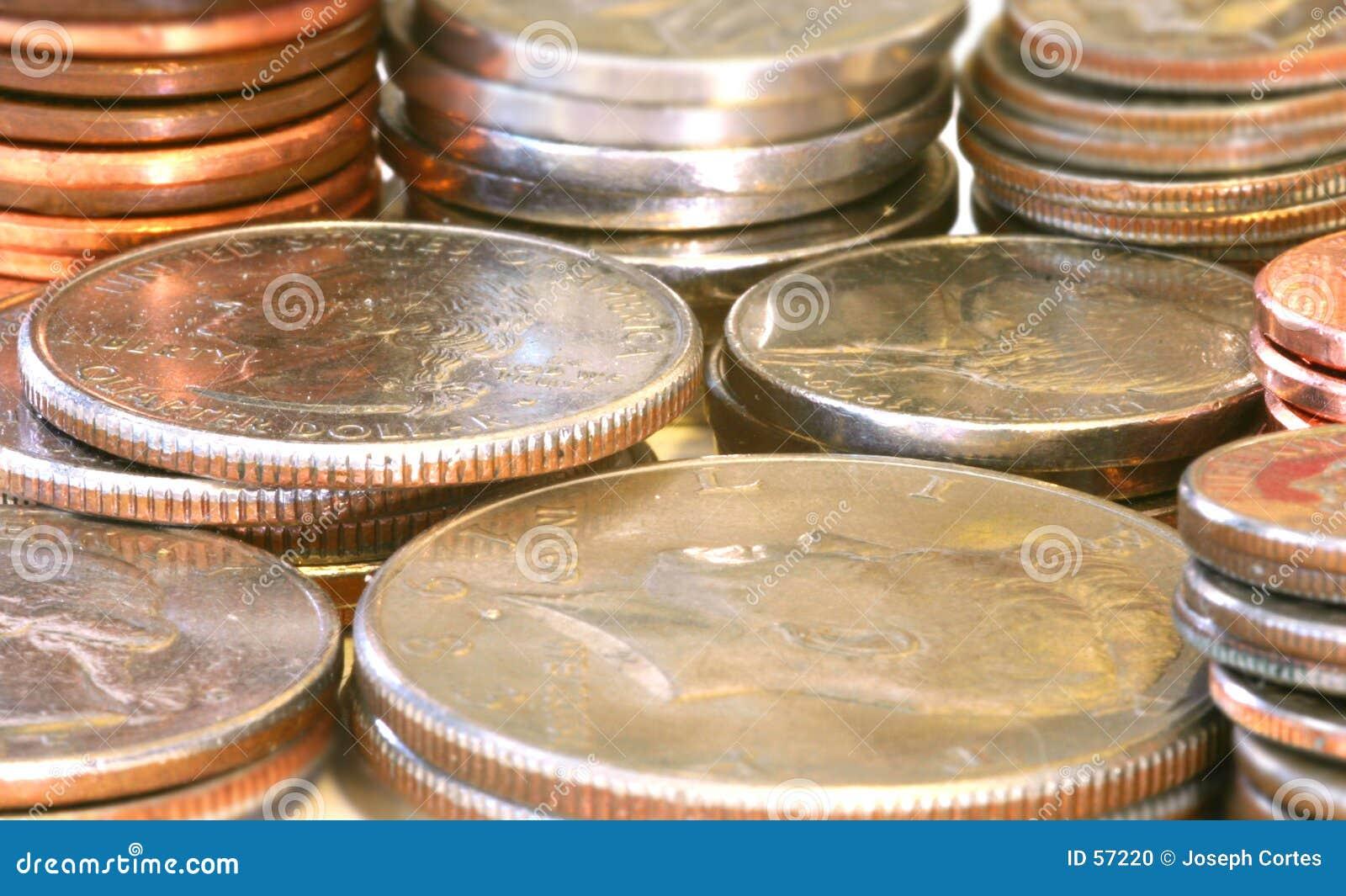 Download στενά νομίσματα επάνω στοκ εικόνες. εικόνα από μισθός, finances - 57220