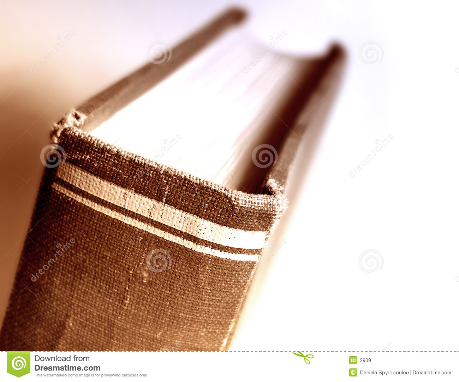 Download στενός επάνω βιβλίων στοκ εικόνα. εικόνα από διανοητικός - 2909