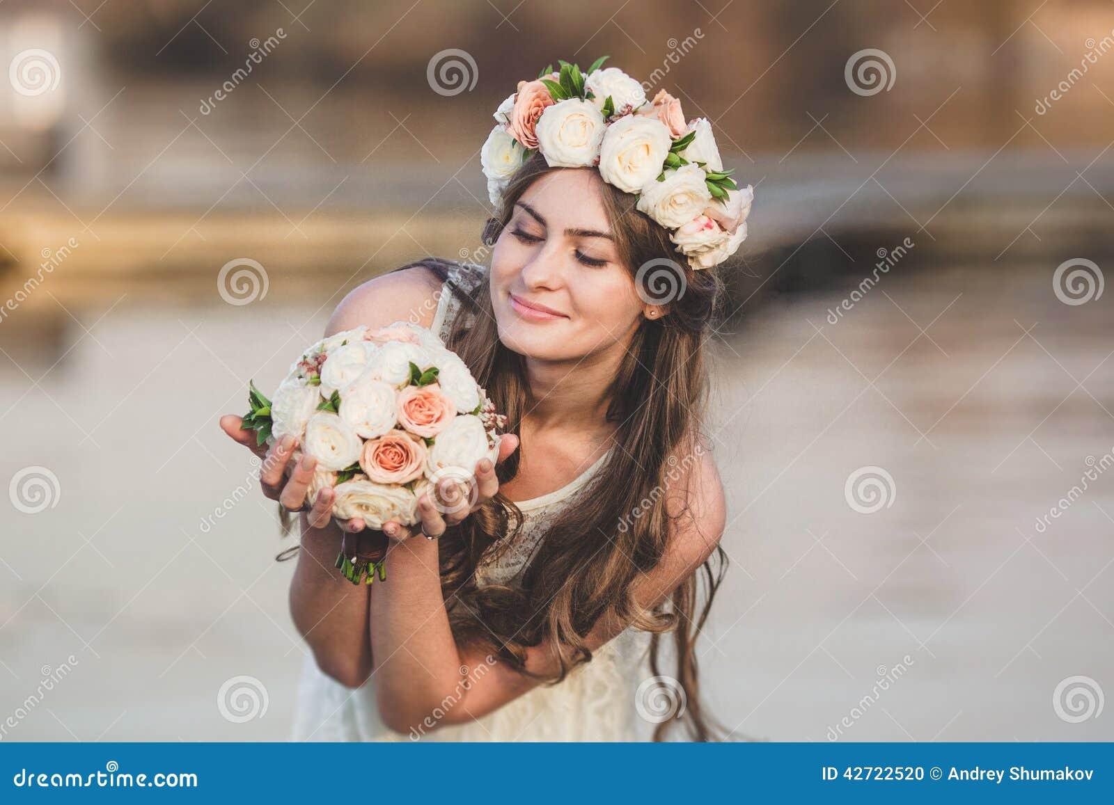 Στεφάνι κοριτσιών και λουλουδιών