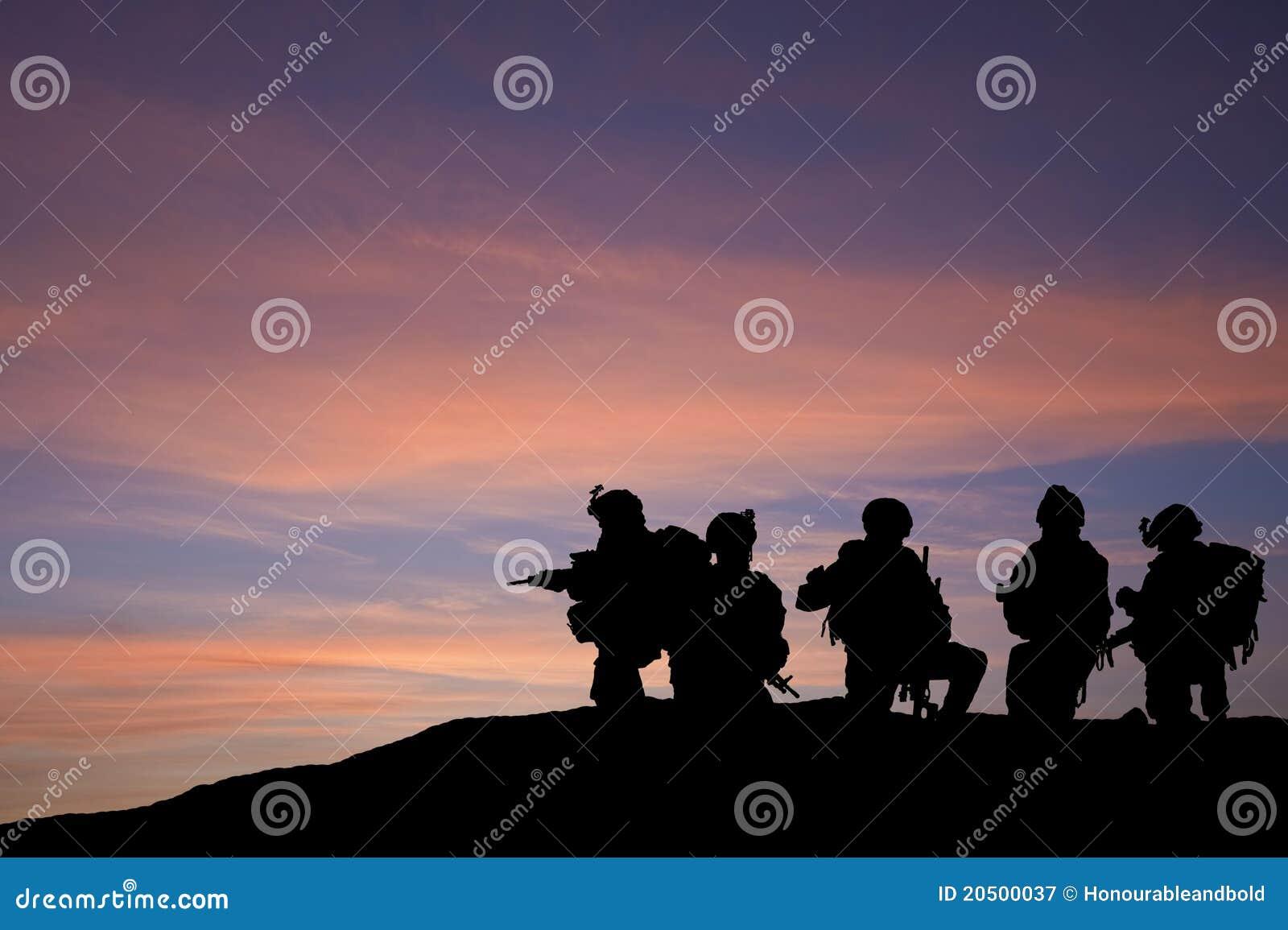 στρατεύματα ανατολικών μέ&si