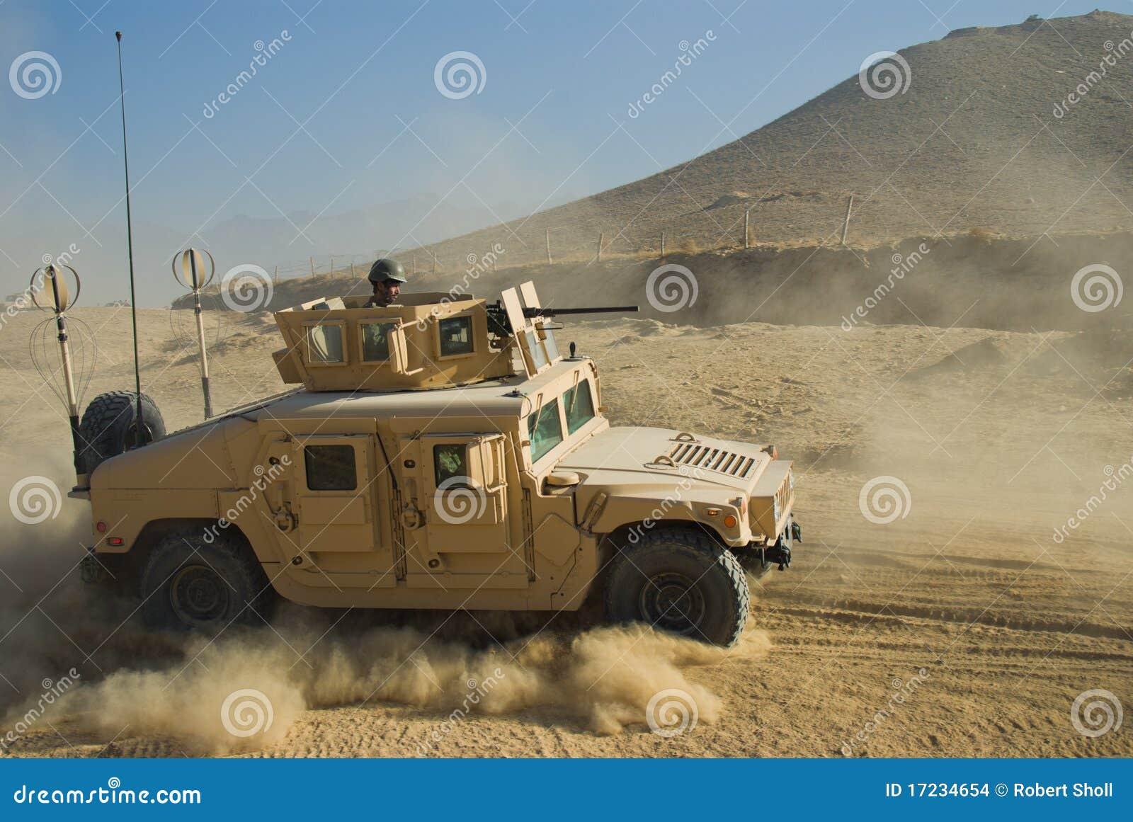στρατός hmmwv