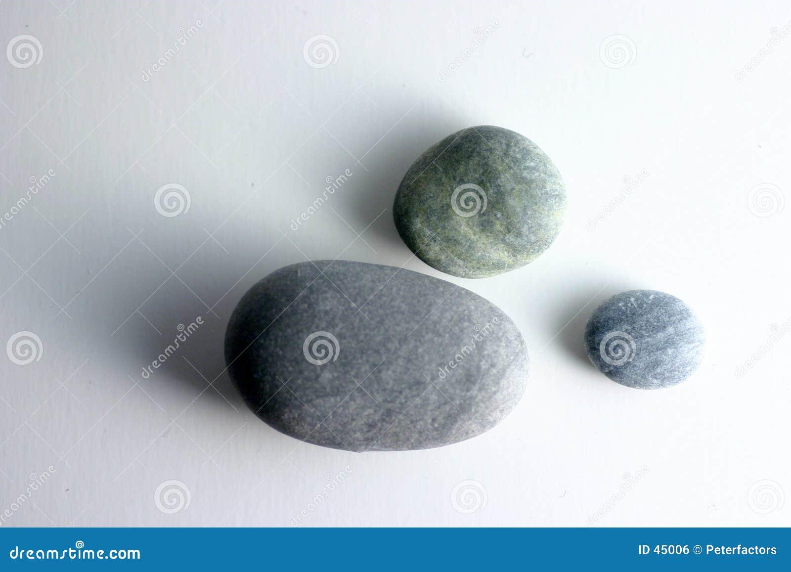 στρογγυλές πέτρες