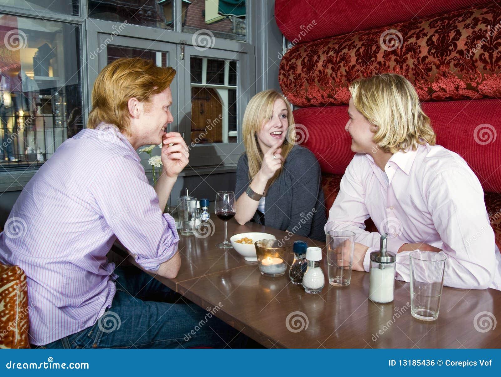 συζήτηση καφέδων