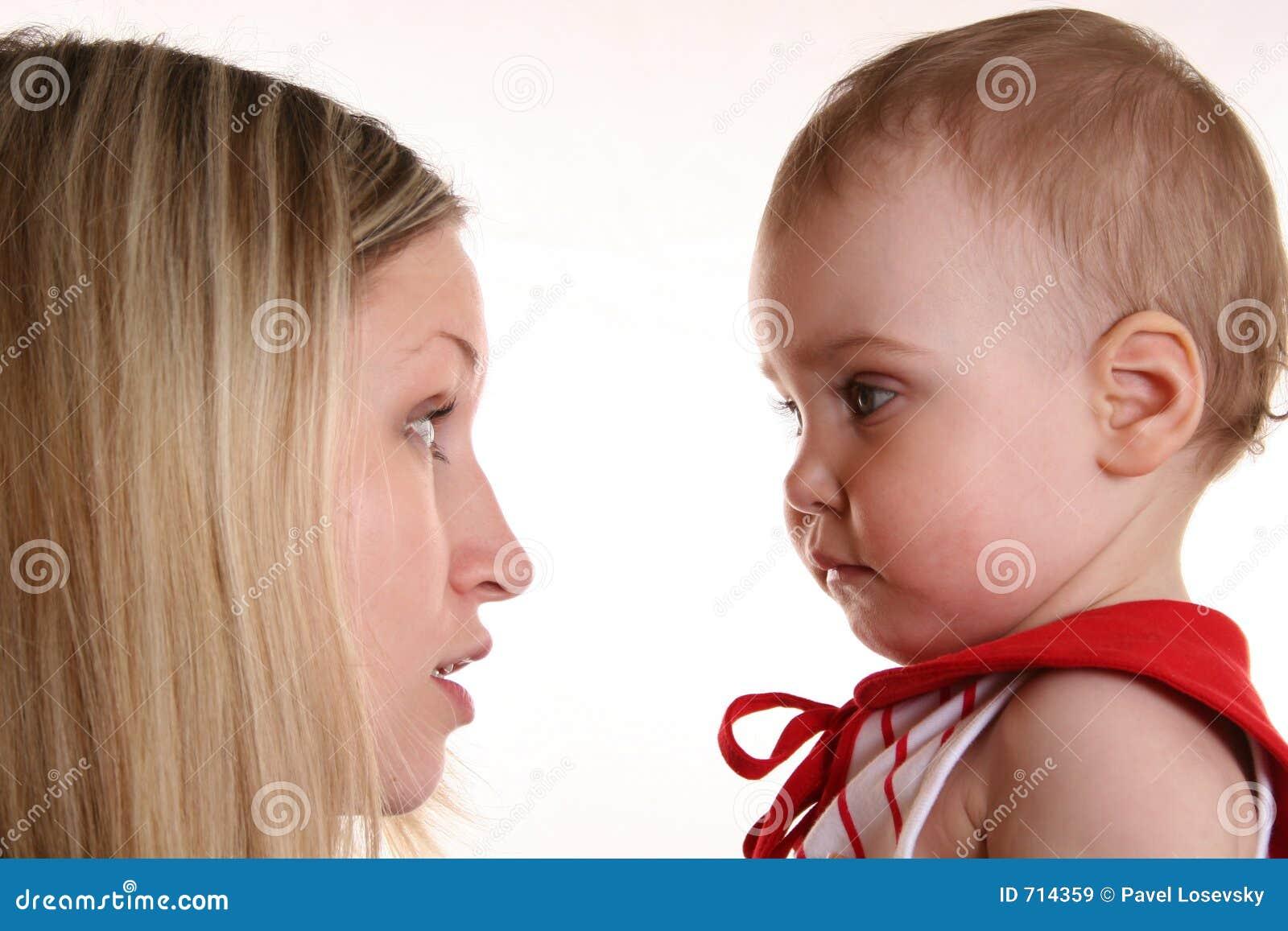 συζήτηση μητέρων μωρών