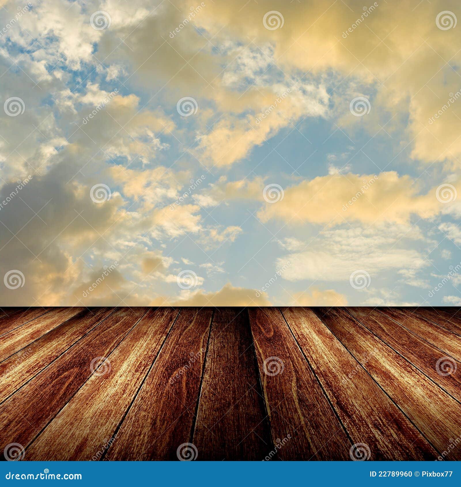 συμπαθητικό ηλιοβασίλεμα ουρανού πατωμάτων ξύλινο