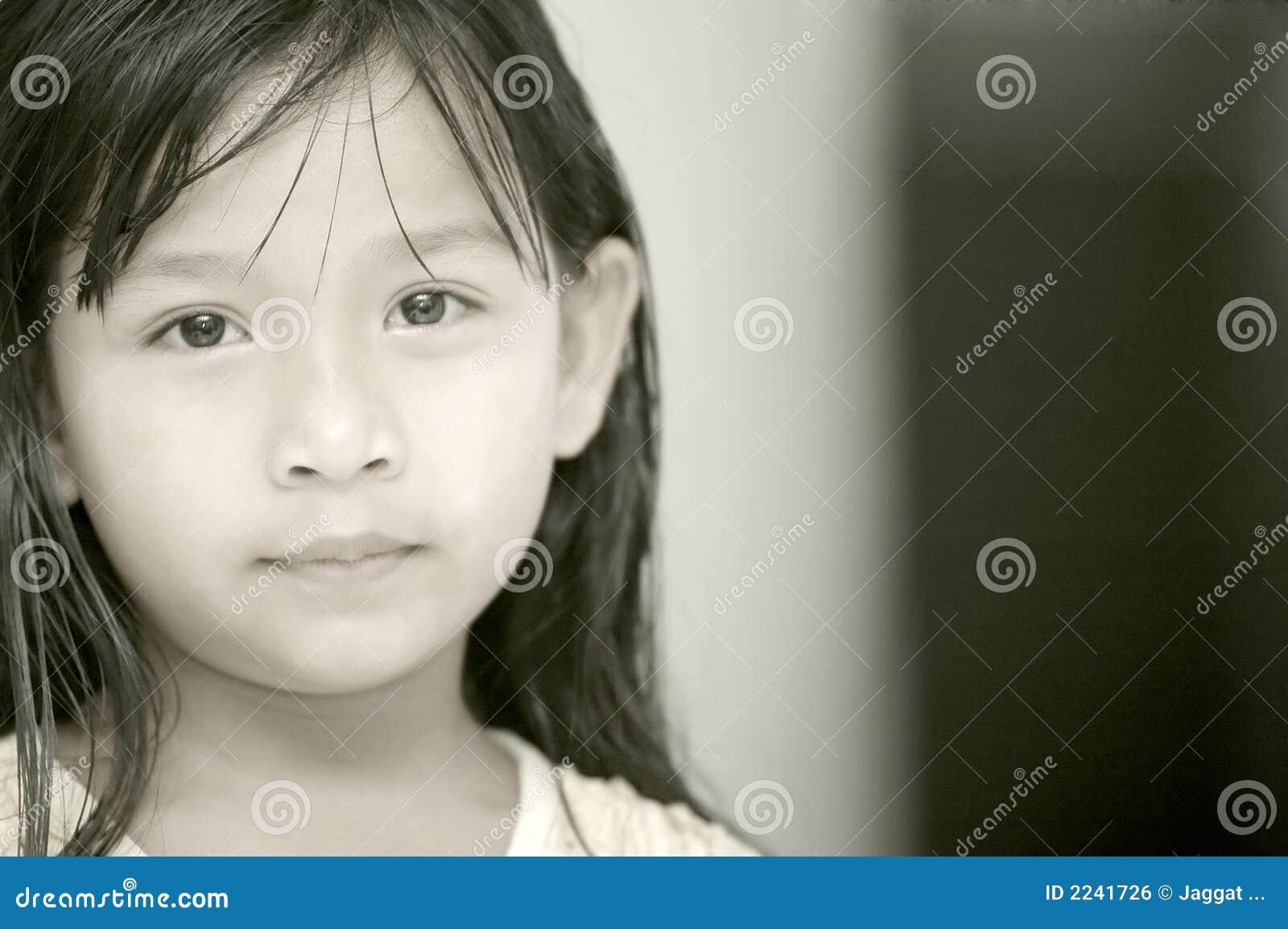 συναισθηματικό κορίτσι &lambd