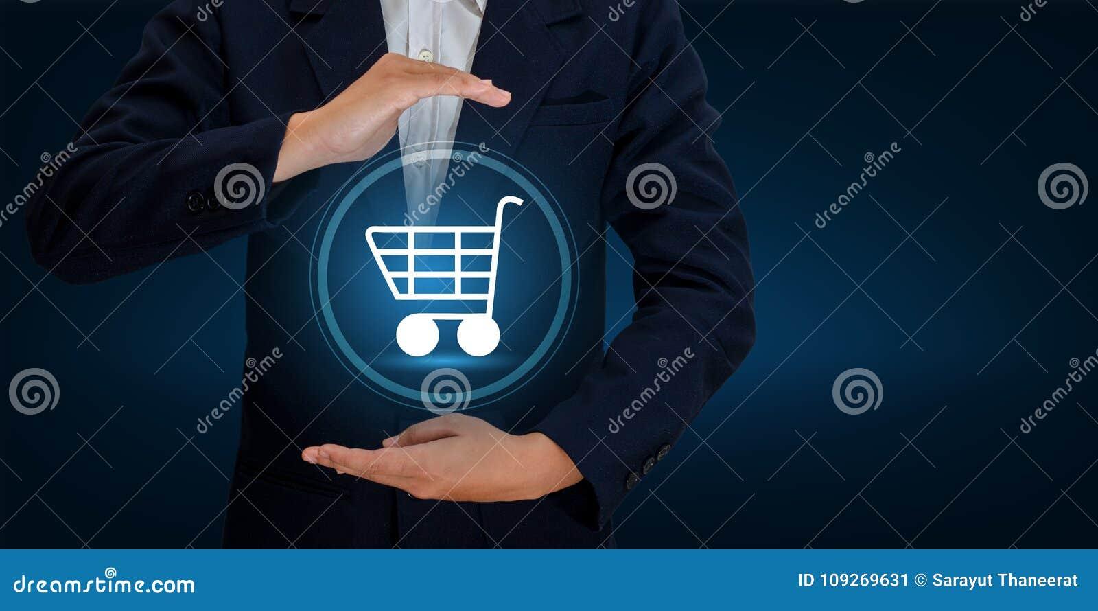 Συναλλαγές διαταγής παγκόσμιων ψηφιακές αγορών τεχνολογίας αγορών κάρρων επιχειρηματιών χεριών στο διαδίκτυο που κάνει εμπόριο στ