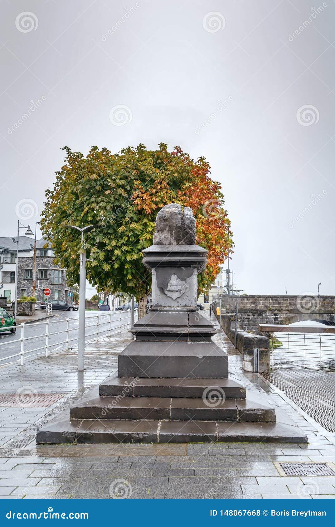 Συνθήκη Stone, πεντάστιχο, Ιρλανδία