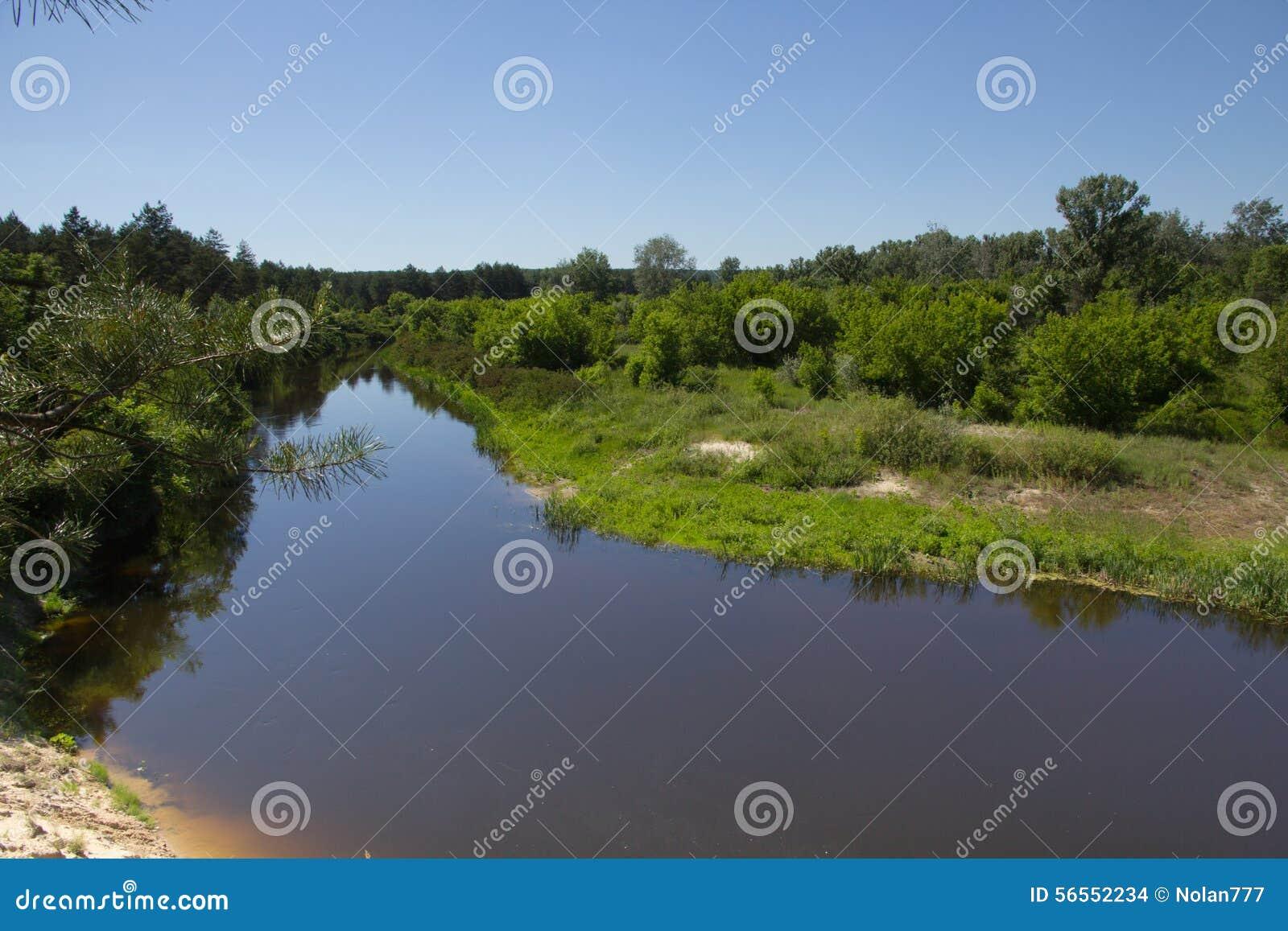 Download Συννεφιάζω ημέρα το καλοκαίρι Στοκ Εικόνες - εικόνα από ουρανός, υπαίθριος: 56552234