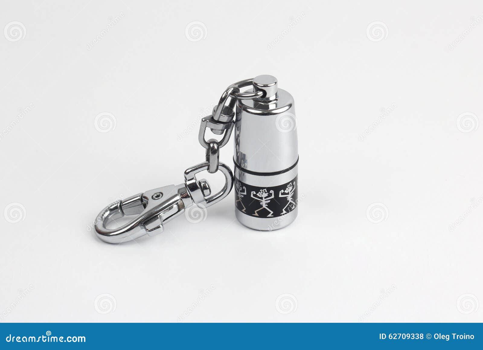 Συσκευή αστραπιαίας σκέψης Usb σε μια ερμητικώς σφραγισμένη περίπτωση μετάλλων