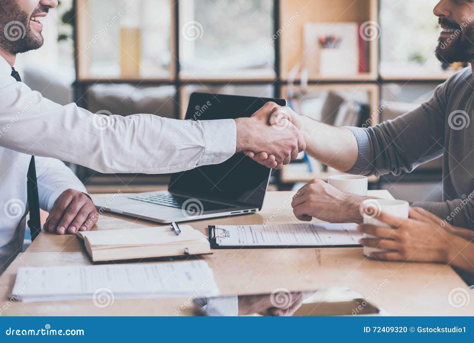 Σφράγιση μιας διαπραγμάτευσης
