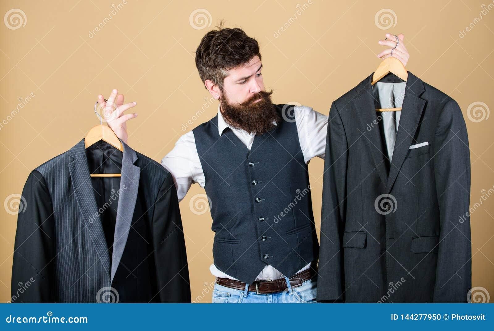 Σχεδιασμός που γίνεται στο κοστούμι μέτρου Επί παραγγελία κοστούμι Πιό couturier ράφτης μόδας ατόμων γενειοφόρος Κομψή εξάρτηση σ