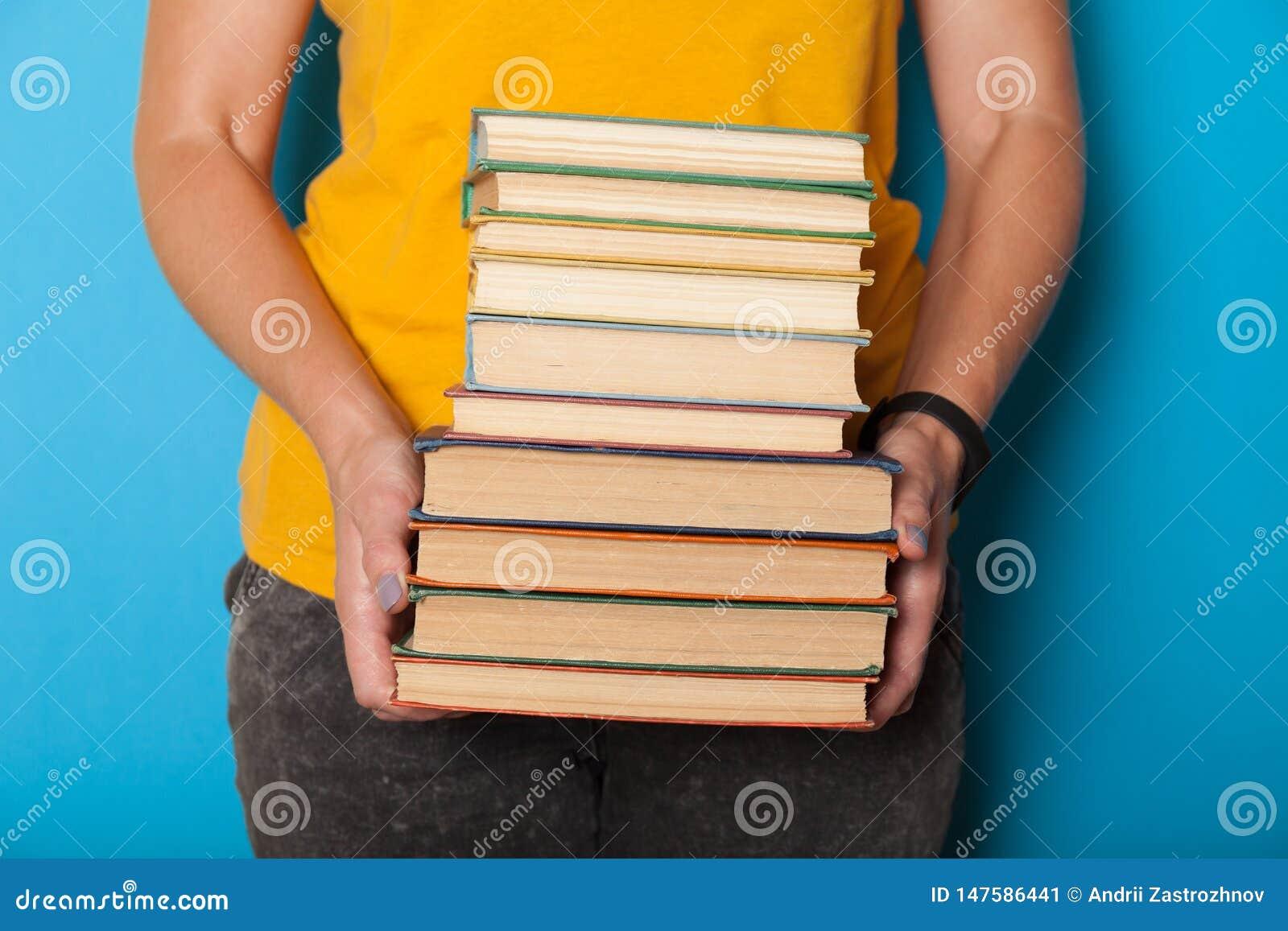 Σωρός βιβλίων, σωρός Μελέτη λογοτεχνίας στο σχολείο