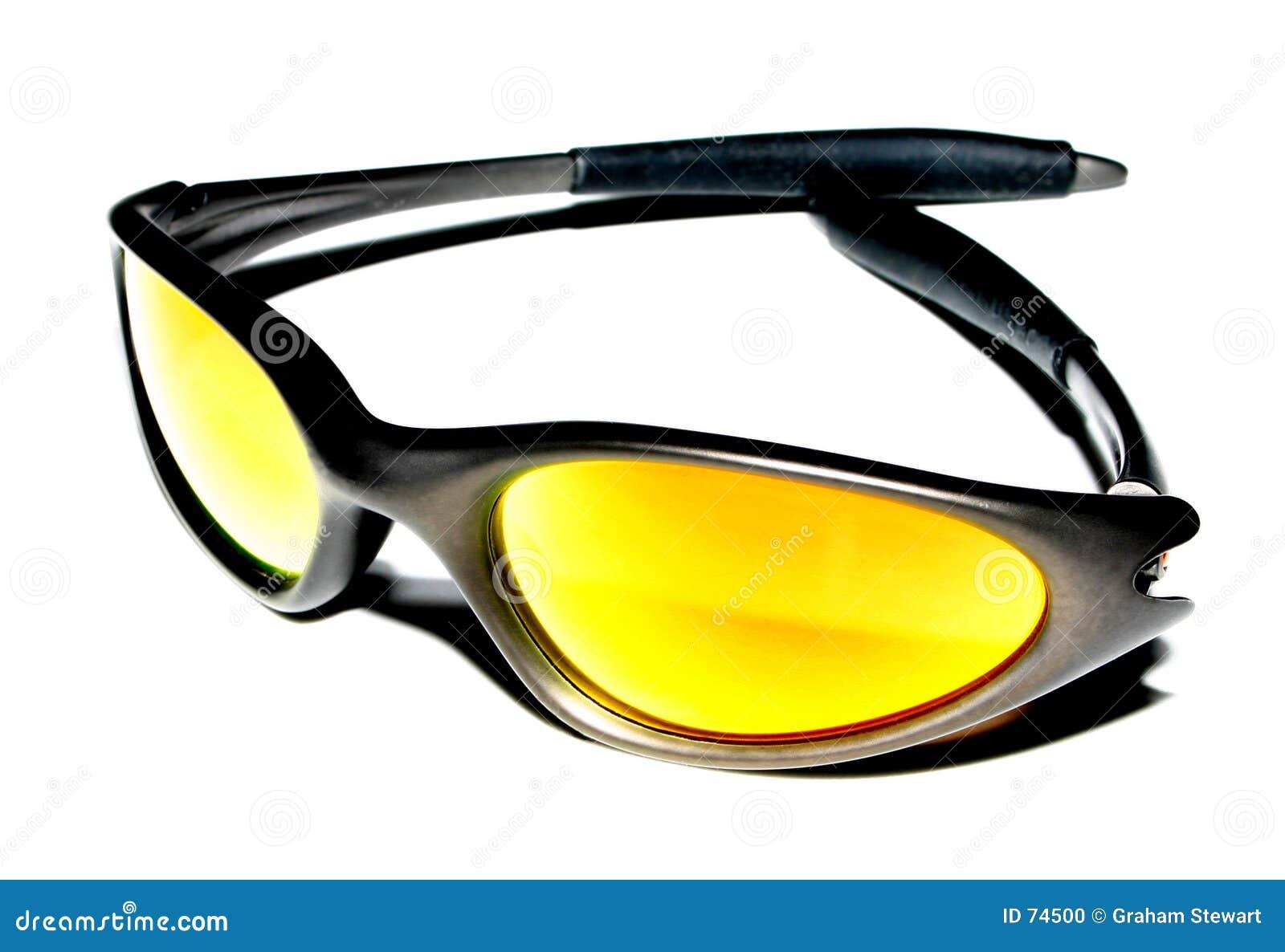 σύγχρονα γυαλιά ηλίου